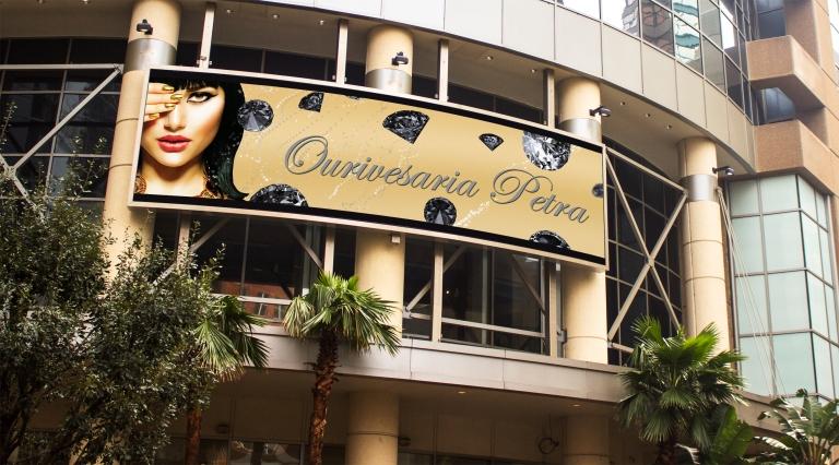 Ourivesaria Petra Billboard.jpg